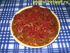 торт из печенья: ставим в холод минимум на 3 часа