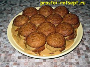 торт из печенья: выкладываем еще два слоя