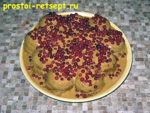 торт из печенья: украшаем верхний слой