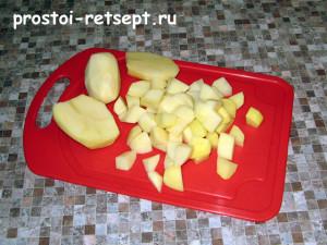 Картошка для заправки супа: нарезать кубиками