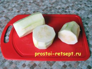 рецепт кабачковых оладьев: очищенный кабачок