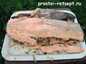 как коптить рыбу: снимаем кожу