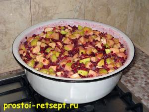 варенье из брусники с яблоками: все перемешать