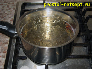 моченая брусника: варим сироп