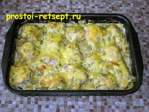Запеченная курица с картошкой: достаем из духовки