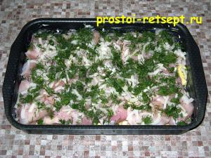 Запеченная курица с картошкой: посыпаем укропом