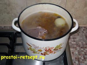 Суп из замороженных овощей: сварить мясной бульон