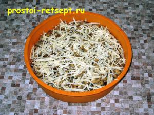 Куриная запеканка: посыпать тертым сыром
