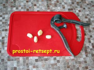 как варить щи: почистить чеснок