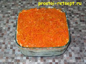 Салат с корейской морковью: слой корейской моркови смазать майонезом