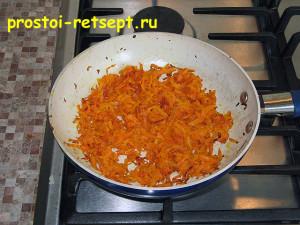 Рецепт супа с фрикадельками: при обжаривании морковь смягчится