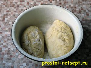 пресное тесто: вымешиваем и формируем 2 кома