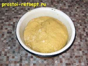 тертый пирог: замешиваем тесто в мягкий ком