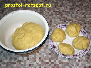 тертый пирог: треть теста убираем в холодильник