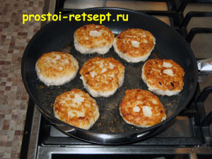рецепт тефтелей: обжариваем с двух сторон