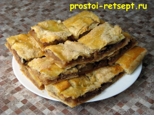 рецепт яблочного пирога: тесто будет очень тонким