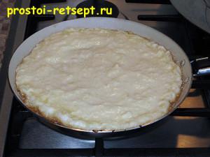 кабачковый торт: жарим корж на сковороде