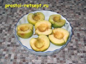 печеные яблоки в микроволновке: удалим сердцевину