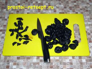 харчо из говядины: чернослив тонко нарезать