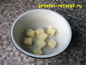 творожный чизкейк: размягчить сливочное масло