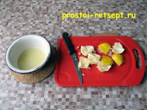 творожный чизкейк: выжать сок из лимона