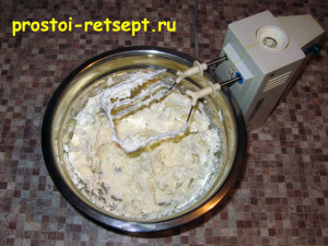 Сырный пирог: сделать сырный крем