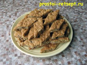 ореховое печенье: подавать с чаем или кофе