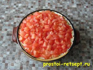 Салат с курицей и сыром: слой помидоров
