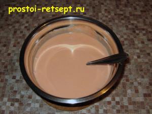 Тефтели в сметанном соусе: подготовить соус