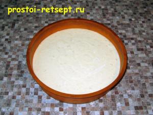 Как приготовить чизкейк: выложить смесь в форму
