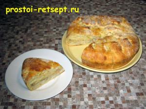 Рыбный пирог из консервов подавать лучше теплым