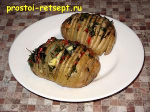 Запеченный картофель: положите сверху сливочное масло