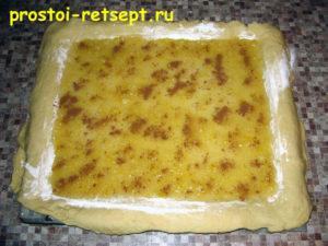 Пирог лимонник: выложить начинку