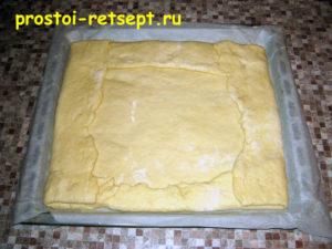 Пирог лимонник: закрыть вторым слоем теста
