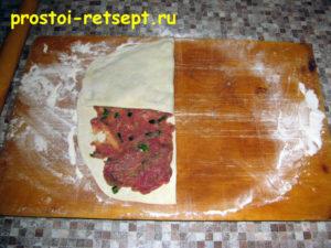 Лепешки на сковороде: сворачиваем в полукруг