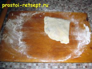 Лепешки на сковороде: слепить края лепешки