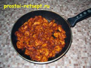 Курица в томатном соусе: блюдо готово
