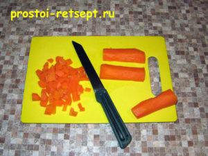 Рецепт винегрета: морковь нарезать кубиками